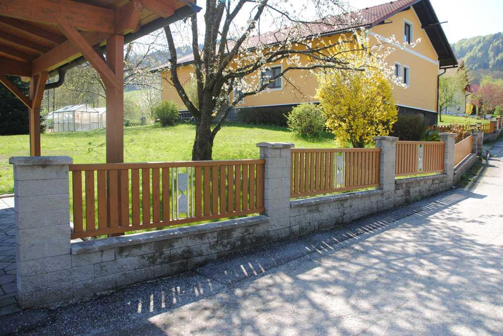 Rader-Balkon_OÖ_Bezirk_Schärding_Bezirk_Rohrbach_Aluzaun_Holzdekor-19