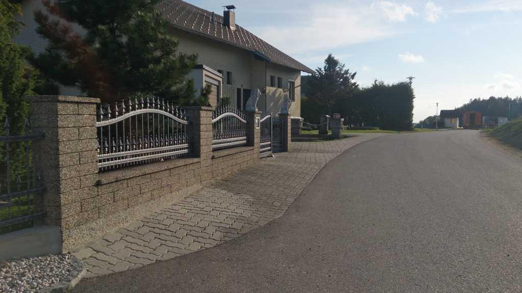 Rader-Balkon_OÖ_Bezirk_Schärding_Bezirk_Rohrbach_Aluzaun_Schmiedealu-09