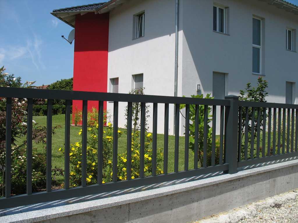 Rader-Balkon_OÖ_Bezirk_Schärding_Bezirk_Rohrbach_Aluzaun_Stakete-14