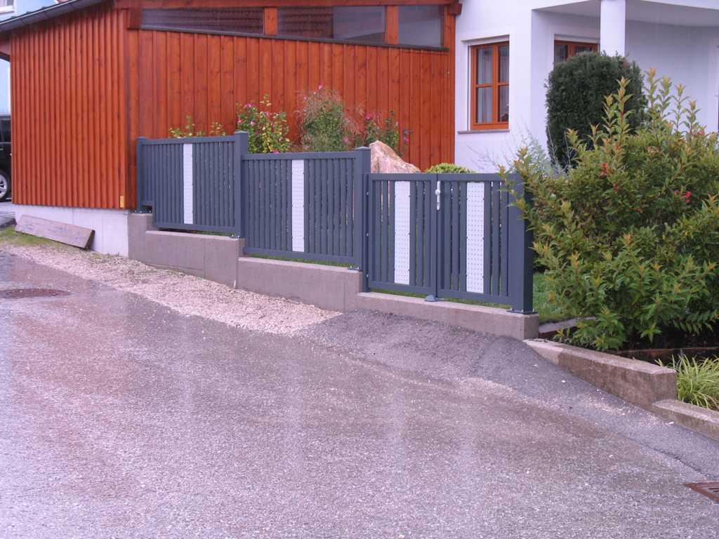 Rader-Balkon_OÖ_Bezirk_Schärding_Bezirk_Rohrbach_Aluzaun_Stakete-Dekor-18