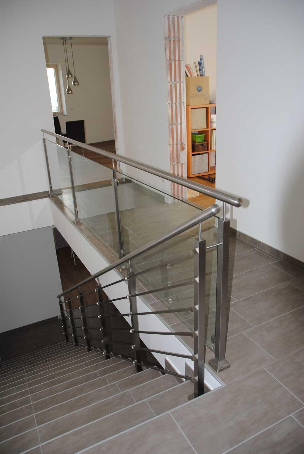 Rader-Balkon_OÖ_Bezirk_Schärding_Bezirk_Rohrbach_Edelstahlgeländer_Stiegengeländer-14