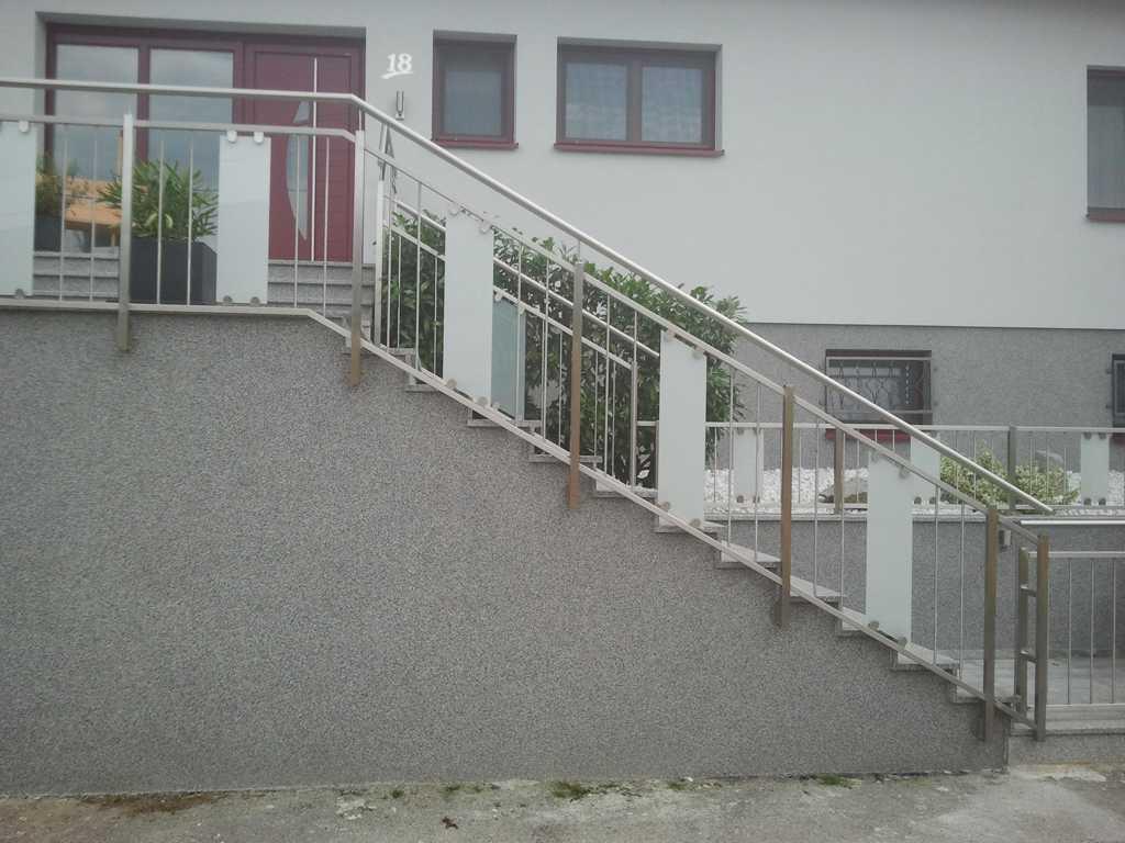 Rader-Balkon_OÖ_Bezirk_Schärding_Bezirk_Rohrbach_Glas_Edelstahl-05