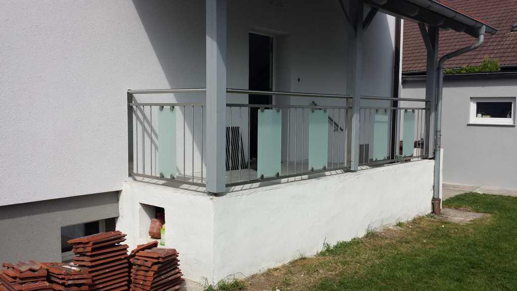 Rader-Balkon_OÖ_Bezirk_Schärding_Bezirk_Rohrbach_Glas_Edelstahl-11