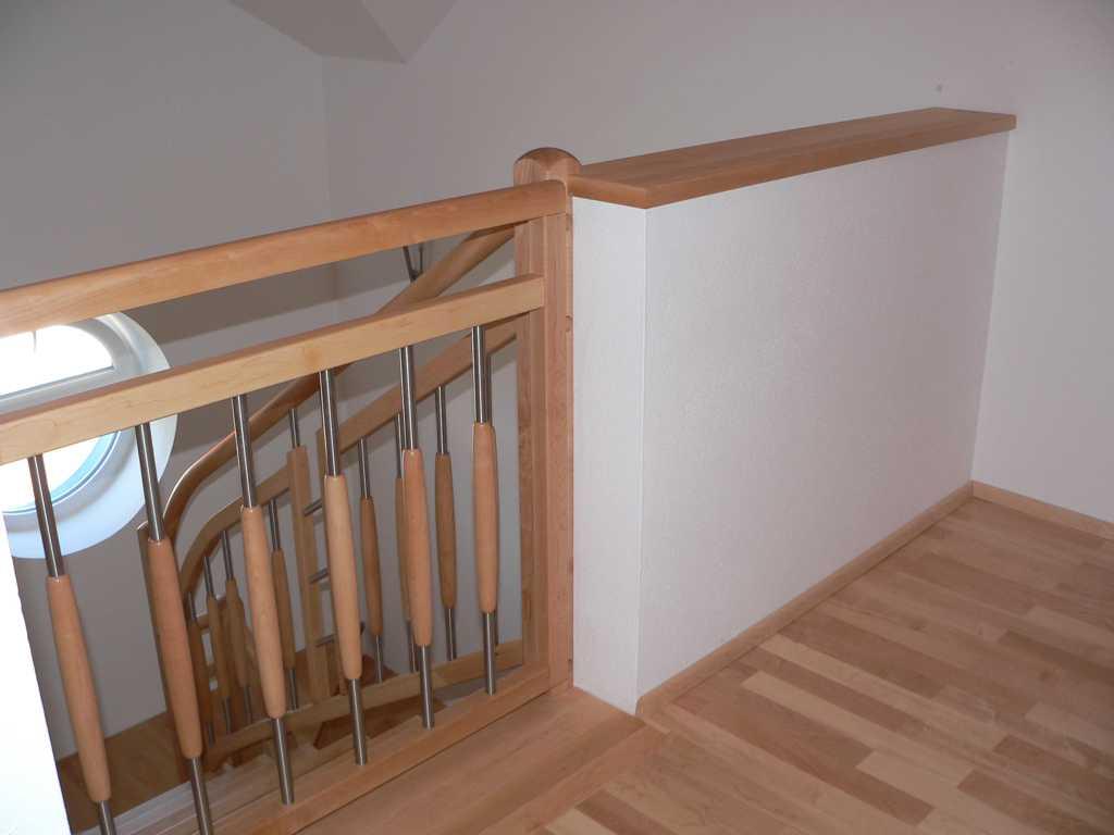 Rader-Balkon_OÖ_Bezirk_Schärding_Bezirk_Rohrbach_Stiegengeländer-13